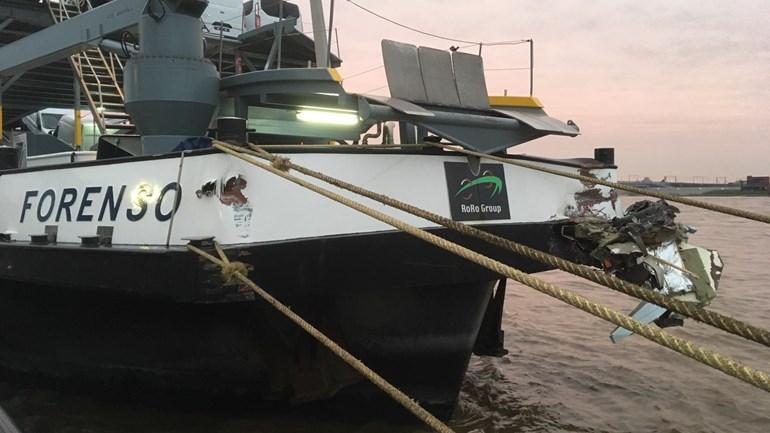 Vrachtschip-Forenso-ligt-aan-de-kade-Foto-Omroep-Gelderland