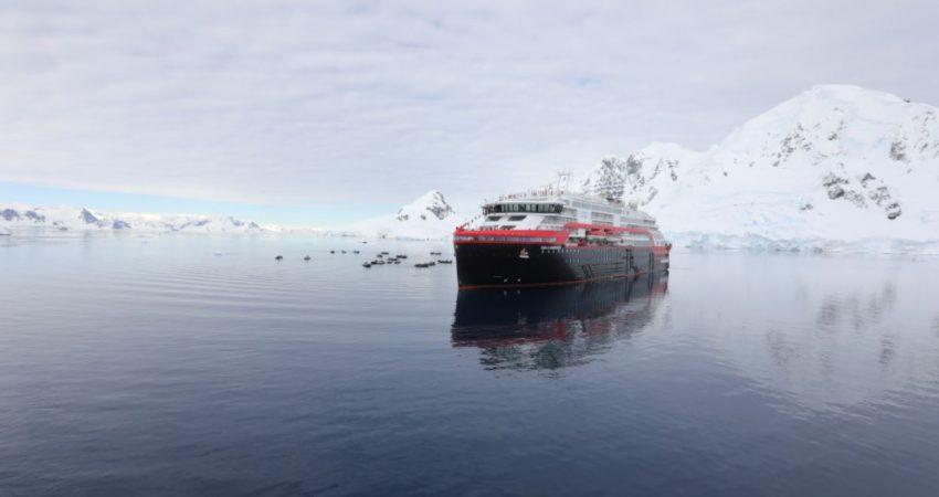 Roald Amundsen 6