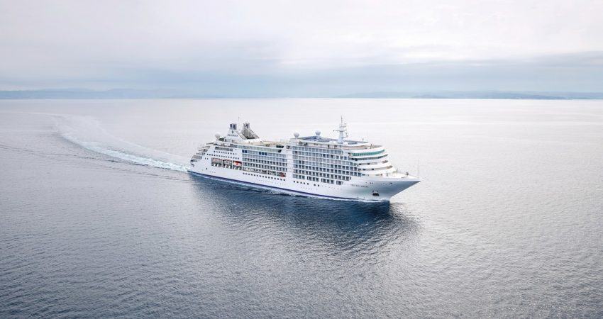 Silver Moon (PRNewsfoto/Silversea Cruises)